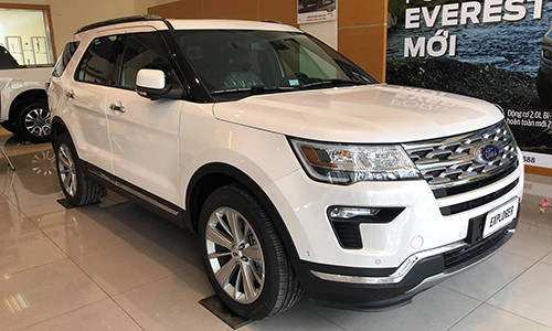 Ngoai that Ford Explorer