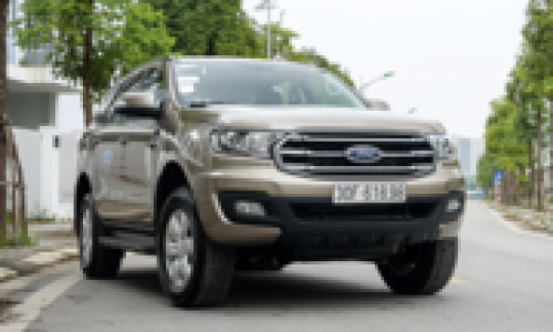 Ford Everest Ambiente - SUV 7 chỗ phù hợp doanh nghiệp