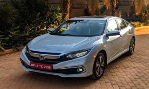Trong vòng 20 ngày Honda Civic đã nhận hơn 1.100 đơn đặt hàng