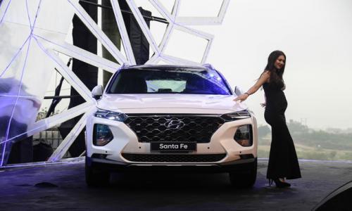 Hyundai Santa Fe 2019 giá từ 995 triệu đồng