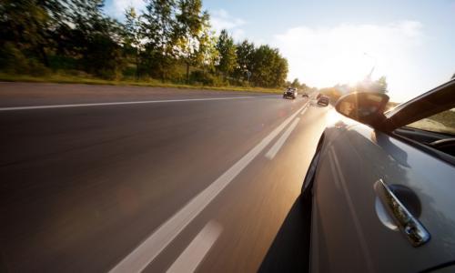 Kinh nghiệm lái xe an toàn và xử lý tốt tình huống