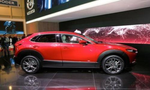 Phiên bản CX-30 của Mazda lần đầu lộ diện