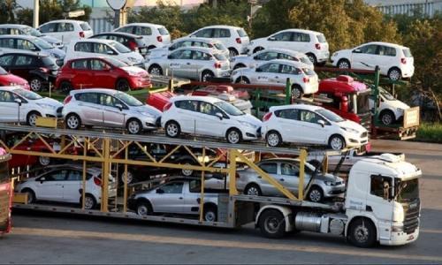 Trước Tết Nguyên Đán ô tô nhập khẩu tăng giá mạnh