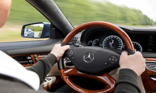 Tài xế BMW, Mercedes phạm luật nhiều nhất
