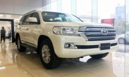 Toyota Land Cruiser 2019 chính hãng về Việt Nam