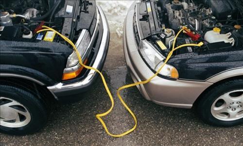 Xe bị hao điện quá nhanh: nguyên nhân và cách khắc phục