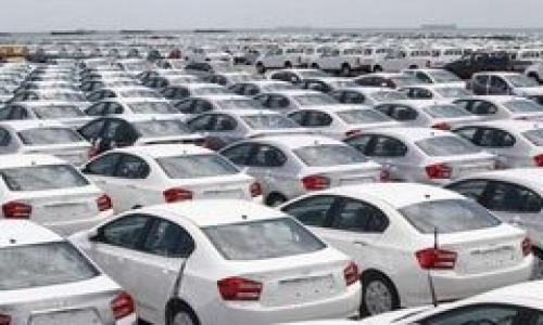 Dịp đầu năm xe nhập khẩu ồ ạt đổ bộ vào Việt Nam gây nên cuộc chiến xe giá rẻ